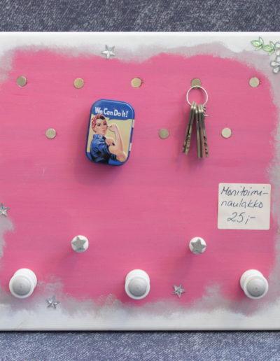 Pinkki -magneettinaulakko/myyty